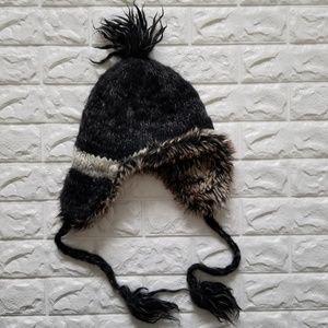 American Eagle winter hat